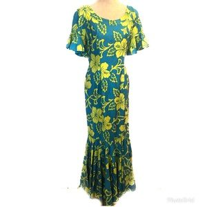 Gorgeous vintage Hawaiian Collectors item